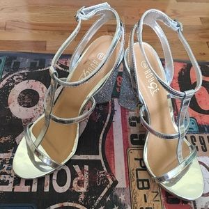 Silver Rouge sandals